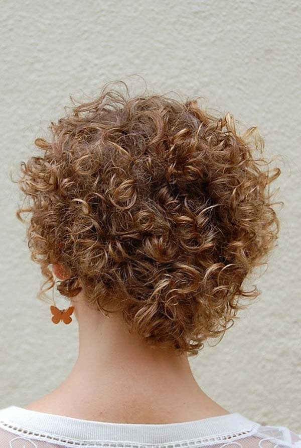 91 Attractive Short Curly Hairstyles In 2019 - Pitchzine